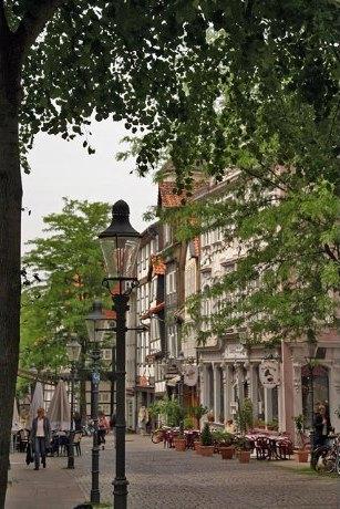 Einkaufsbummel Im Magniviertel Braunschweig Augenblick
