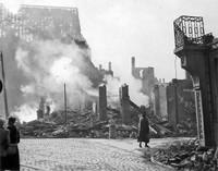 Der Ägidienmarkt nach dem 15. Oktober 1944: St. Aegidien und Westseite des Marktes
