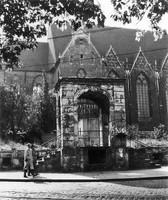 Der Ägidienmarkt 1955: Eingangsempore des zerstörten Hauses Nr. 12