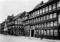 Auguststraße/Ecke Jodutenstraße und Kuhstraße - Drei Gaststätten:
