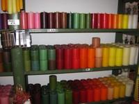 ca 45 verschiedene Farben vorrätig. viele verschiedene Grössen. unsere Kerzen brennen sehr lange und scheinen sehr durch