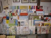 reichhaltige Auswahl an Büchern mit Kreuzstichstickereien