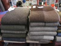 100% reine Schurwolle , Extragrößen!!!! 140x220cm bzw. 140x240cm sehr weiche Wolle , die wärmt.