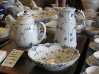 Das Porzellan ist zwischen 1910 und 1970 hergestellt wurden.
