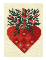 hempel-16-weihnachtsherz grösse : 15x19 cm , stickpackung € 21,-