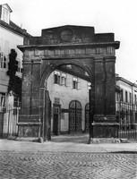 Ackerhof-Portal und Remise