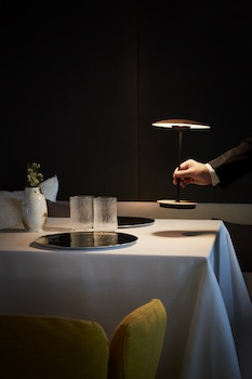 einrichtungshaus k rner leuchten tischleuchten. Black Bedroom Furniture Sets. Home Design Ideas
