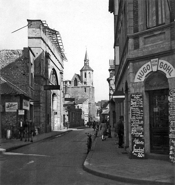 1949: Langedammstraße Ecke Wüsteworth mit ehem.